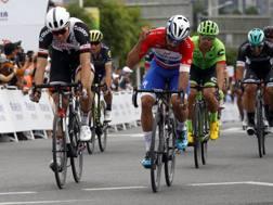 Fernando Gaviria, 23 anni, mentre si aggiudica la seconda tappa della corsa cinese - Bettini