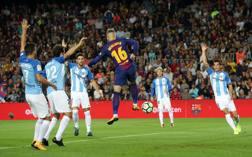 Il gol di tacco di Deulofeu  sotto polemica Reuters
