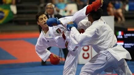 Matteo Landi in azione nel combattimento d'oro