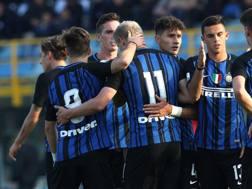 L'Inter Primavera di Vecchi festeggia dopo la vittoria con l'Esbjerg. Getty