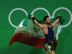 Kianoush Rostami dopo l'oro vinto a Rio de Janeiro 2016. Getty