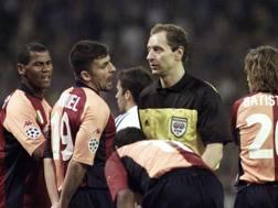 Hellmut Krug arbitrò la Roma in Champions League contro il Real. Ap