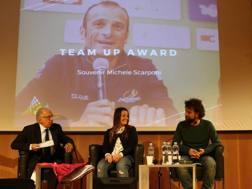 Marco (a des) e Silvia Scarponi (al centro) alla presentazione del Tour of Alps