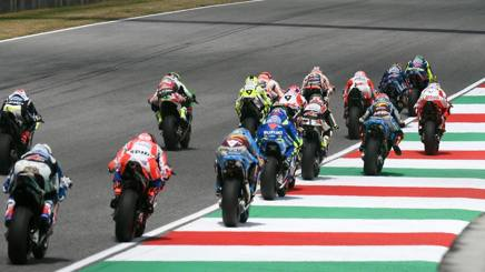 La partenza del GP del Mugello. Afp