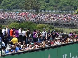 Il pubblico dello scorso GP del Brasile. Afp