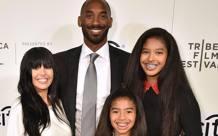 Kobe Bryant insieme alla sua famiglia. Getty