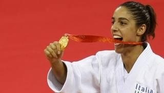 Giulia Quintavalle, 34 anni, vince la prima medaglia d'oro del judo femminile azzurro a Pechino 2008. Reuters
