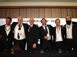 La gioia della delegazione francese dopo l'annuncio. Getty