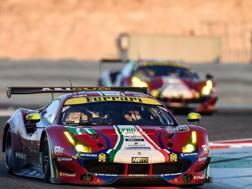 La Ferrari 488 di Davide Rigon e Sam Bird che domani scatterà in pole alla 6 ore del Bahrain