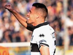 L'esultanza di Iacoponi dopo il gol dell'1-0 in Parma-Ascoli Getty