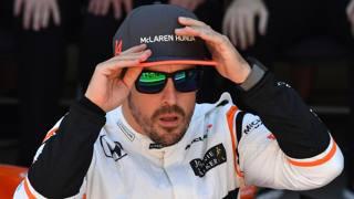 Fernando Alonso, 36 anni,  292 GP con 32 vittorie: ha conquistato il Mondiale 2005 e 2006. Afp