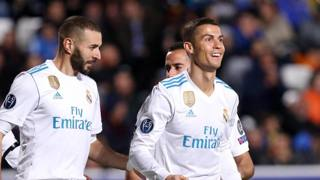 La gioia di Cristiano Ronaldo e Benzema. Due gol a testa contro l'Apoel. Epa