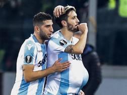 Luis Alberto (a destra) esulta dopo il gol dell'1-1 Ansa