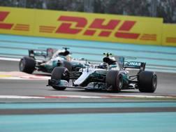 Bottas precede Hamilton. Afp
