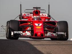 Kimi Raikkonen nei test di Abu Dhabi. Pellegrini