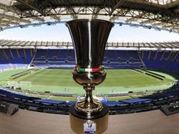 Il trofeo della Coppa Italia all'Olimpico di Roma
