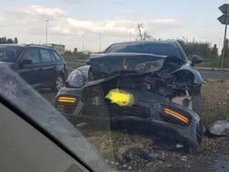 L'auto di Diego Perotti dopo l'incidente
