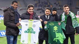Torino in verde, omaggio alla Chapecoense
