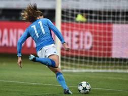 Il momento in cui Zerbin deposita in rete il momentaneo 1-0. Fonte: Twitter Napoli