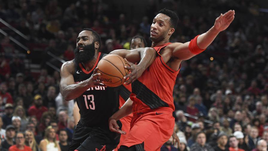 Harden e Giannis no limits Rockets e Bucks godono