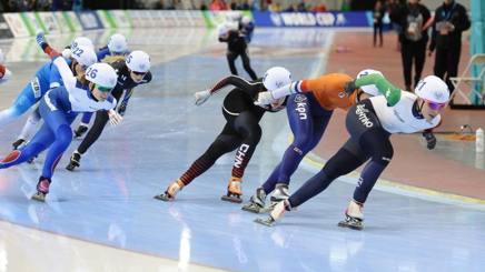 Francesca Lollobrigida, 26 anni, prima nella Mass Start di Salt Lake City. Martin De Jong