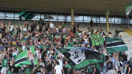 I tifosi del Pordenone sugli spalti del Bottecchia (pagina FB della società)