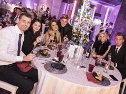Albano Bizzarri, Rodrigo De Paul e Maxi Lopez con le rispettive compagne alla cena di Natale dell'Udinese.