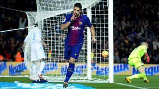 Suarez imprendibile al Camp Nou. Epa