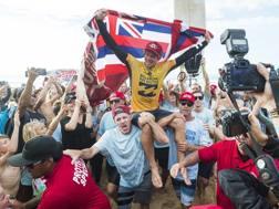 John John Florence è ancora campione del mondo di surf da onda