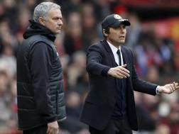 José Mourinho (54) e Antonio Conte (48), alla seconda stagione sulle panchine di Manchester United e Chelsea. REUTERS