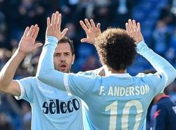 Lulic-Felipe Anderson, autori di due dei 4 gol segnati dalla Lazio al Crotone.