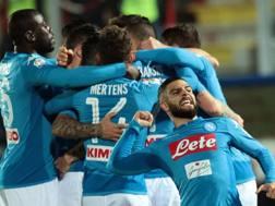 La gioia del Napoli dopo il gol di Hamsik. Afp