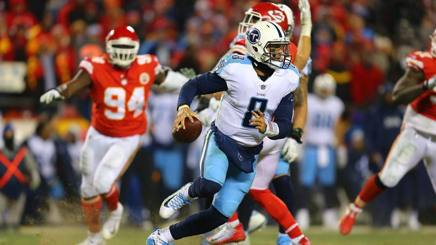 Marcus Mariota in azione a Kansas City. Afp