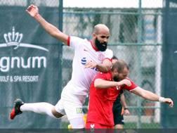 Sandro, 28 anni, ex Antalyaspor. Twitter