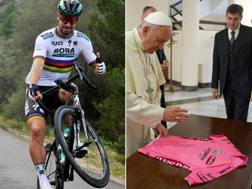 Peter Sagan, 27 anni, tre volte campione del mondo dal 2015 al 2017, e Papa Francesco, 81 anni, mentre benedice la maglia rosa