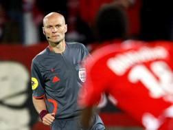Tony Chapron, arbitro di Nantes-Psg. Ap