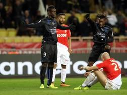 Mario Balotelli esulta dopo il 2-1. Afp