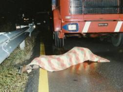 Il cadavere di Donato Bergamini nel giorno della scoperta, il 18 novembre 1989