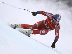 Aksel Lund Svindal in azione a Kitzbuehel. Ap
