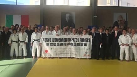 La delegazione giapponese al Centro Olimpico Federale di Ostia