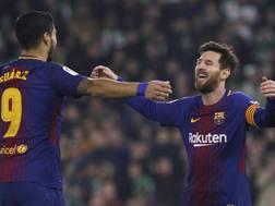 Doppiette per Suarez e Messi. Ap