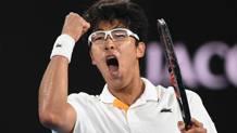 Hyeon Chung, 21 anni, ha superato Djokovic in 3 set. Epa