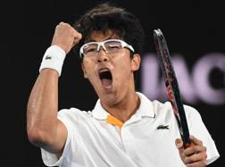 Hyeon Chung, 21 anni, ha superato Djokovic in 3 set. Epa