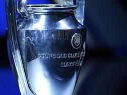 Il trofeo della Champions League. Epa