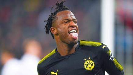 Michy Batshuayi, 24 anni, ha esordito con una doppietta con la maglia del Borussia Dortmund. Afp