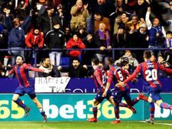 L'esultanza di Pazzini dopo il gol del 2-2 al Real Madrid. Epa