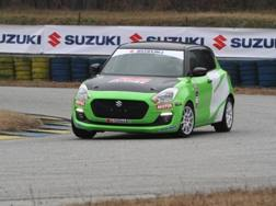 Il test in pista con la Suzuki Swift racing