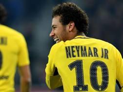 Neymar in campo contro il Lilla. Afp