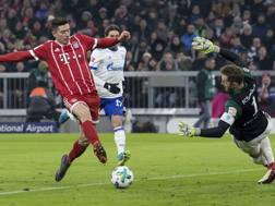 Lewandowski implacabile a Monaco. A