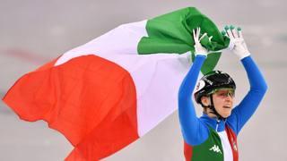 Arianna, una gioia tutta d'oro: sventola il tricolore!
